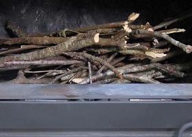 薪の燃やし方